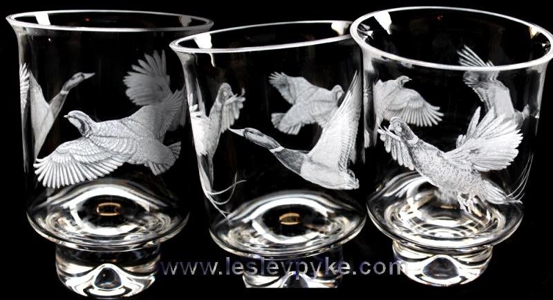 1game-birds-engraved-hurricane