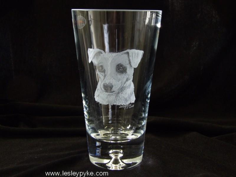 dog-on-vase