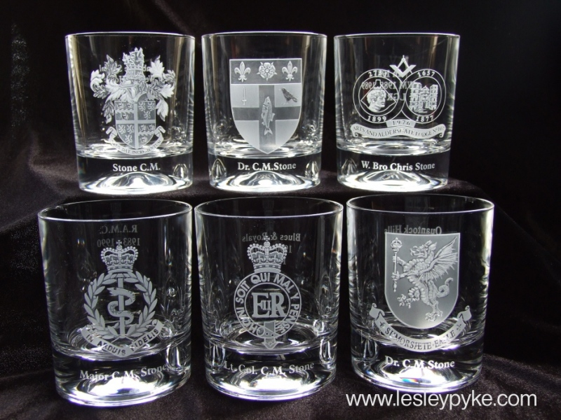 engraved-glass-coat-of-arms-set2