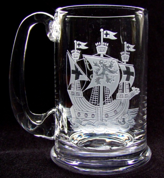 engraved-glass-ship