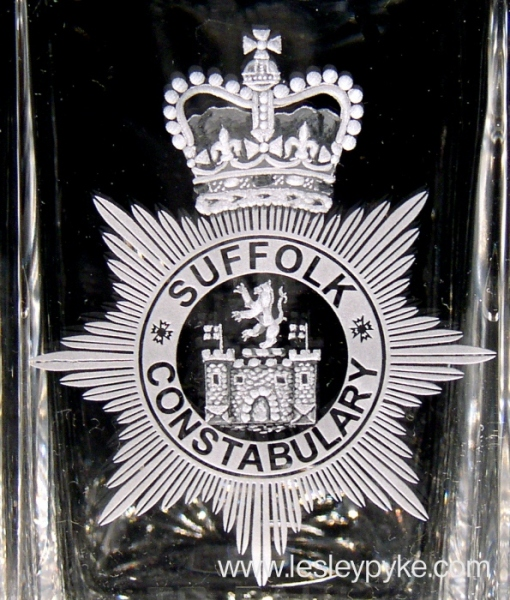 engraved-glass-suffolk-constabulary