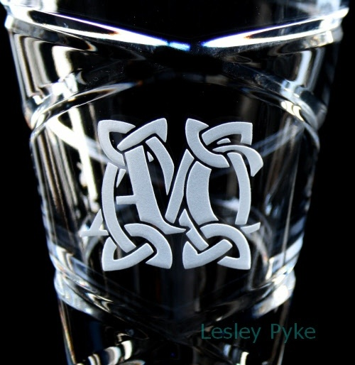 Monogram on crystal flutes - wedding - Celtic