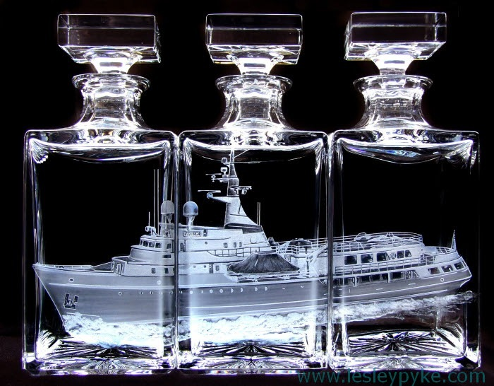 "Super yacht triptyque decanters ""Itasca"""