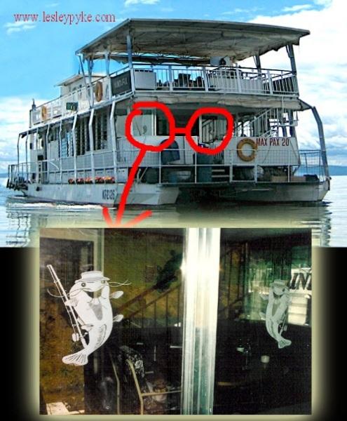 houseboat glass door engraving Vunduful